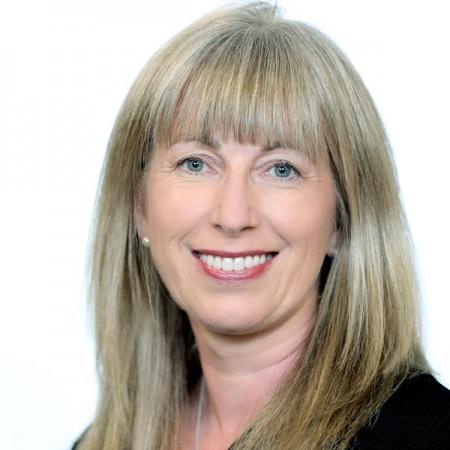 Dr Mairin Ryan